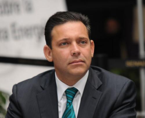 Todo listo para el último informe de Eugenio Hernández